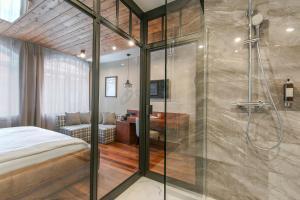 Vonios kambarys apgyvendinimo įstaigoje Apartamenty Chleb i Wino