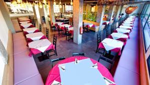 Een restaurant of ander eetgelegenheid bij Jardín Del Atlántico