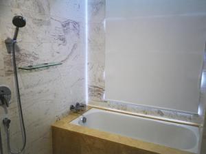 A bathroom at Comfortzone@Malacca near Jonker, Staduys, Menara Taming Sari