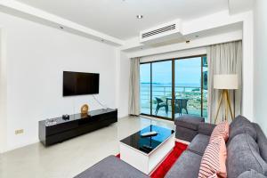 Ein Sitzbereich in der Unterkunft View Talay 5 22nd floor by MyPattayaStay