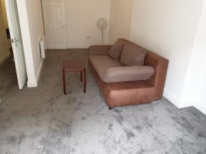 A seating area at A Studio Apartment with private facilities
