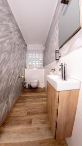 A bathroom at Willma Apartmenthaus
