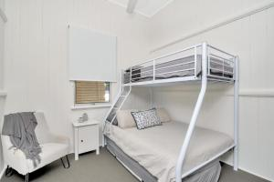 A bunk bed or bunk beds in a room at 3/3 Murraba Street