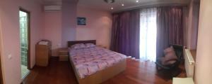 Un ou plusieurs lits dans un hébergement de l'établissement G House