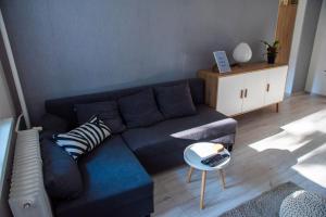 Posedenie v ubytovaní Modern and Comfortable Apartment in Prievidza with Welness on-site