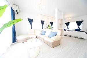 A seating area at Awaji Seaside Resort in Iwaya 3000
