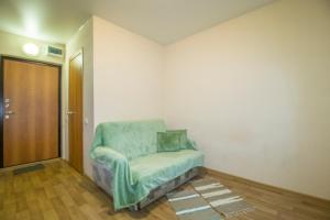 A seating area at Apartment near Rudneva hospital