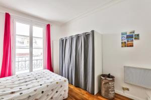 A bed or beds in a room at Cozy apartment of 37m2 for 4 people