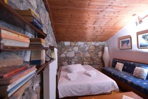 A bunk bed or bunk beds in a room at 2 Bedroom Chalet on Olympus Amazing View