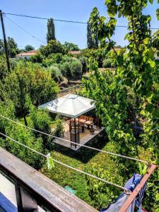 A balcony or terrace at Zaira Studios