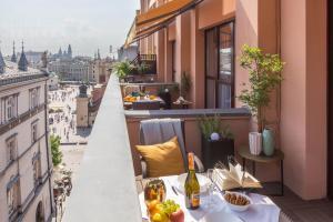 A balcony or terrace at Feniks Fragola Apartments