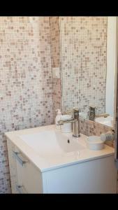 A bathroom at Lovely