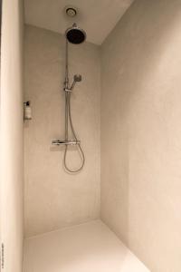 A bathroom at Smartflats Premium - Palace du Grand Sablon
