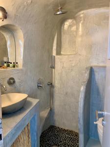 Ένα μπάνιο στο Perfect Purity