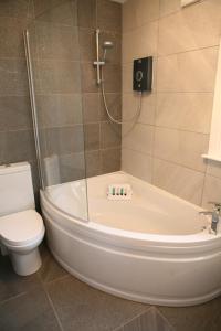 A bathroom at Wee Gem Cottage