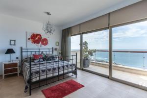 Vertical Villa: luxury, sea views & private SPA