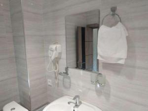 A bathroom at Apartment Vokzal