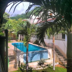 Vista de la piscina de Vista Perfecta 2 (#7, #9) o alrededores