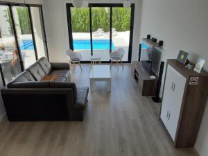 A seating area at Villa La Marina