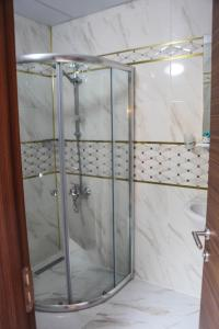 حمام في Ravza Apart Hotel