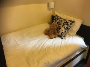 A bed or beds in a room at Avon Accommodation