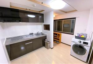 A kitchen or kitchenette at 002.Standard Number