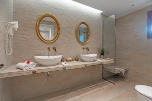 חדר רחצה ב-Belvedere Andros