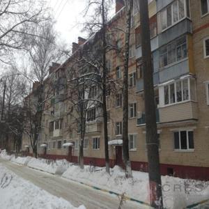 Добрые Сутки на Октябрьском проспекте during the winter