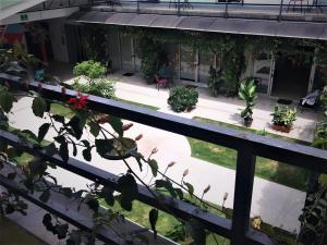 Un balcón o terraza de Cando Living Apartments in Central Avenue