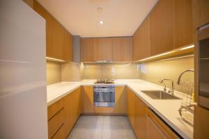 A kitchen or kitchenette at Fraser Residence Shanghai