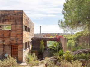 Sunlit Villa near Beach in San Martinn de Valdeiglesias Spain