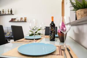 Un restaurante o sitio para comer en Apartamento Torrox