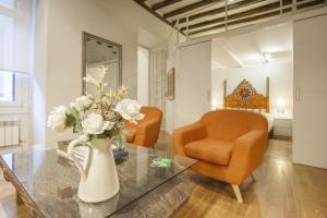 Ein Sitzbereich in der Unterkunft Oldtown San Sebastián Apartments