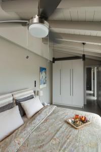 Ein Bett oder Betten in einem Zimmer der Unterkunft Seaview penthouse with awesome wrap around terrace