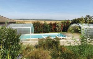 Der Swimmingpool an oder in der Nähe von Holiday home Stegersbach 47