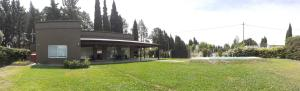 El edificio en el que está la casa de vacaciones