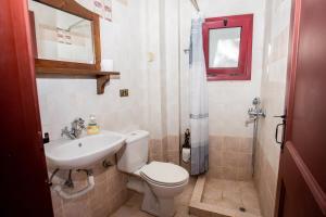Ένα μπάνιο στο Aγιόκλιμα Παραδοσιακός Κρητικός Ξενώνας
