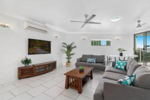 A seating area at Centrepoint Apartments