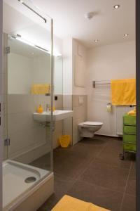 A bathroom at Salzburg City Appartement