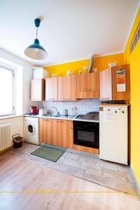 A kitchen or kitchenette at Casa Bianchera