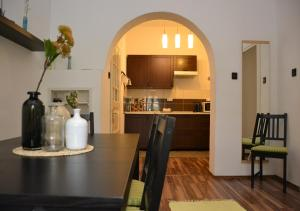 A kitchen or kitchenette at Dora Holiday House