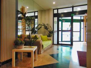Lobby/Rezeption in der Unterkunft Apart Hotel Brussels Midi