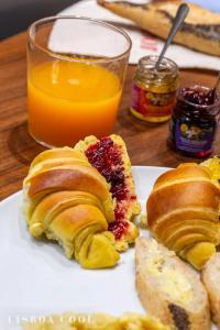 Ontbijt beschikbaar voor gasten van Dare Lisbon House
