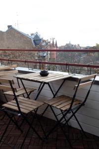 Ein Balkon oder eine Terrasse in der Unterkunft Le rohan sawadee