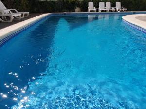 The swimming pool at or near Aparthotel Costambar