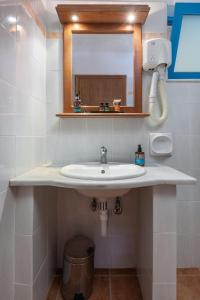 A bathroom at Olympia Mare