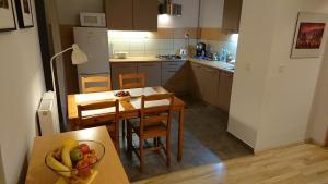 Kuchyňa alebo kuchynka v ubytovaní WUTE23 Rakowicka