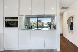 The lobby or reception area at Oceanview Kiama Luxury Sea view accommodation Bluewater apartments