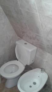 Un baño de Bungalow Montes