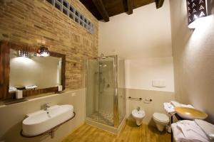 Bagno di Castelletto Suites